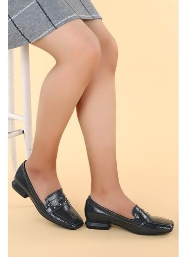 Ayakland Ayakland N0670-15 Kırık Rugan Taşlı Kadın Ayakkabı Gri